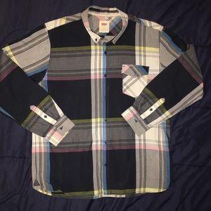 Men's Levi Button Down Shirt